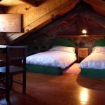 Dormitorio doble en desvan